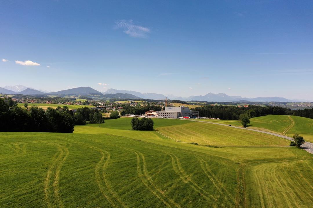 Drohnenfoto Baufortschritt Woerle Baustelle von weiter weg 8 Juli WEBSITE
